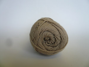 Guernsey 5 Ply - Oatmeal (100 gms)
